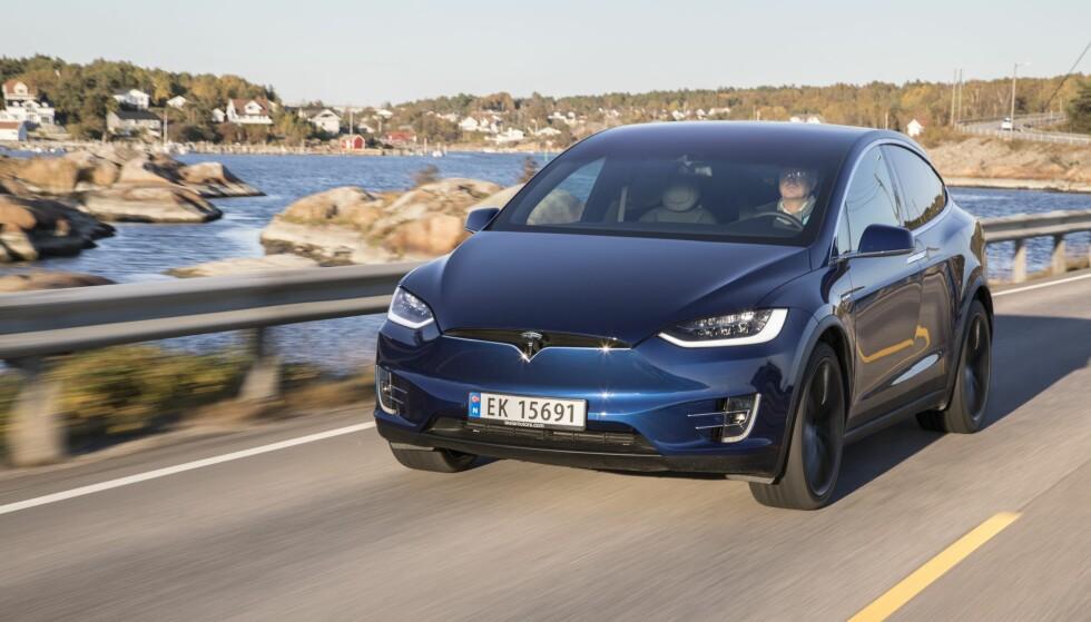 GARANTI-TAPER: Tesla har populære elbiler her i Norge, men de gjør det dårligst av samtlige merker i Forbrukerrådets Elbil-garantiguide 2018. Foto: Morten Eik