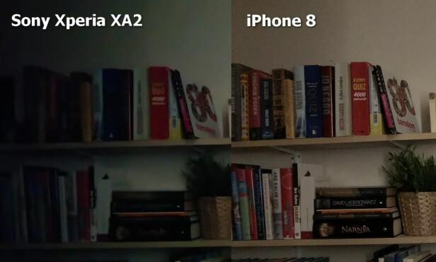 MØRKT: I dette utsnittet ser du hvordan kameraet kan slite med å gjengi detaljene helt ytterst i bildeflaten (de siste 10-15 prosentene) når det er mørkt. Her blir forskjellene stor til bildet fra iPhone 8, men det er verdt å nevne at her var det svært lite lys, og iPhone 8 har et mye mer lyssterkt objektiv. Foto: Bjørn Eirik Loftås