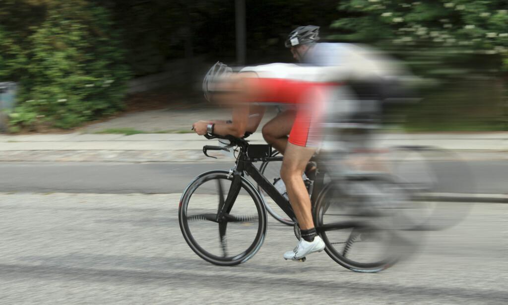 RASKERE: Topptrente ryttere sykler glatt forbi elsyklistene, uansett hvor kraftig motor de måtte ha, viser belgisk undersøkelse. Foto: Ole Schwander/Shutterstock/NTB scanpix
