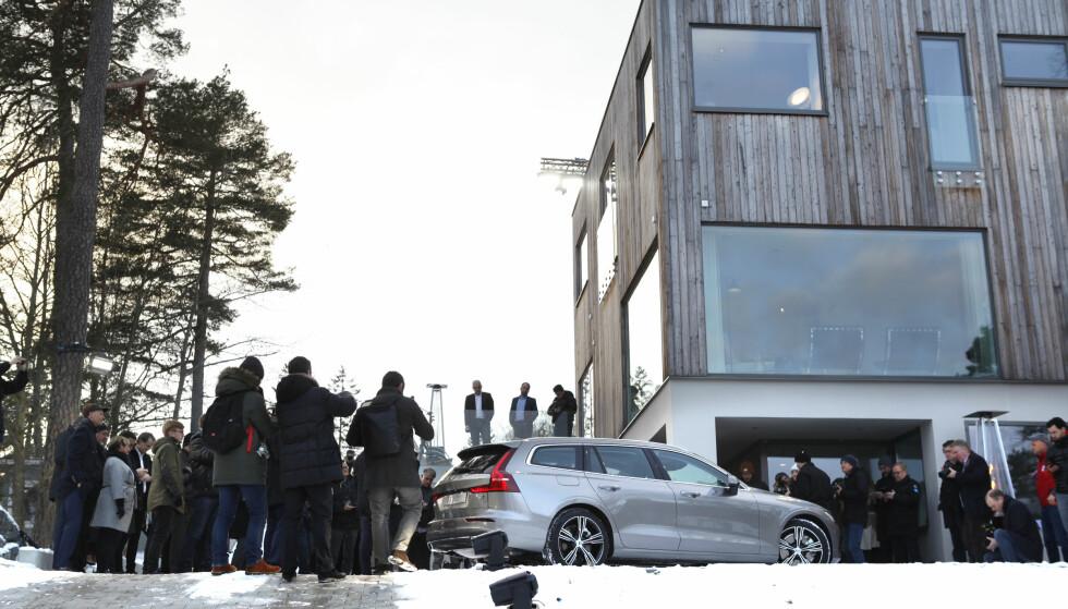 GIMMICK: Volvo hadde leid en luksusvilla til den utradisjonelle lanseringen av Volvo V60.  Foto: Øystein Fossum