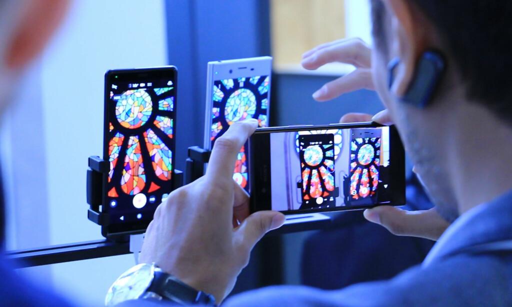 BEDRE VIDEO: Sony Xperia XZ2 kan nå filme i både HDR og 4K. Foto: Ole Petter Baugerød Stokke