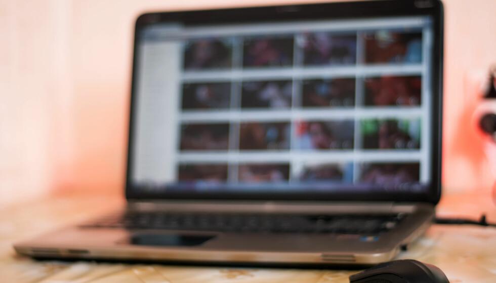 PORNOFARE: Nordmenn får virus av å surfe på pornonettsteder. Og når de oppdager det, skylder de på andre. Foto: Stas Vulkanov/Shutterstock/NTB scanpix