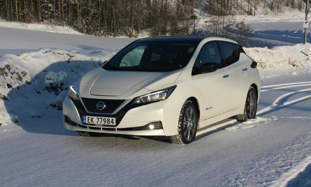 HISTORISK: Nissan Leaf er Norges klart mest solgte bilmodell så langt i år uansett drivstoff og totalt var det i utgangen av november blitt registrert over 50.000 Leaf (1. og 2. generasjon), her i landet. Foto: Knut Moberg