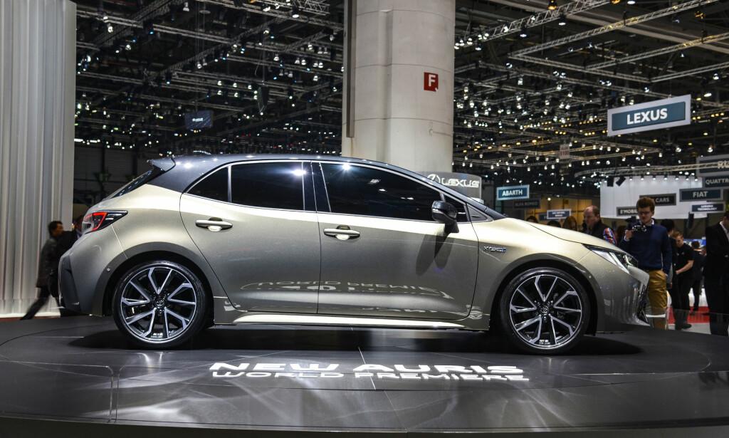 MER LANGSTRAKT: Den fremoverlente profilen fremstår som mer tidsriktig og kan minne om Opel Astra og Renault Mégane. Foto: Jamieson Pothecary