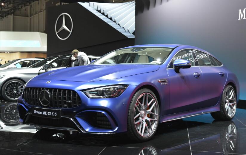 R-BASERT: Toppversjonen av den nye firedørs-kupéen til Mercedes-AMG er GT 63 S, som vi ser her. Med sine 639 hestekrefter og 0-100 på 3,2 sekunder, er den det råeste fra AMG så langt. Foto: Jamieson Pothecary
