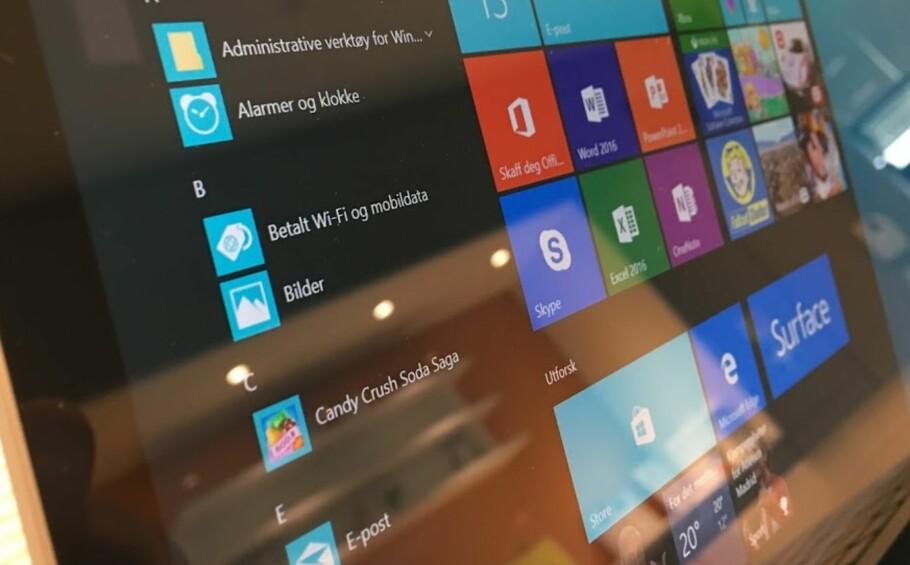 BARE APPER: Microsoft vil at du skal slutte å bruke gamle og utrygge Windows-programmer. Derfor blir Windows 10 S en modus alle kan bruke. Foto: Bjørn Eirik Loftås
