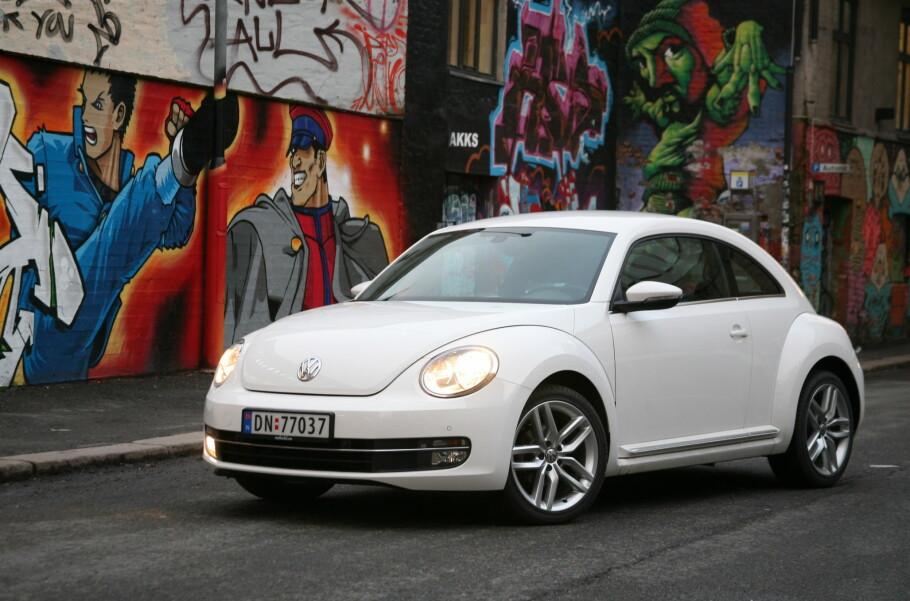 VW BEETLE: Volkswagen-konsernet har bestemt seg for å ikke lage flere av klassikeren VW boble. Siste bil har blitt levert til norsk kunde.Foto: Knut Arne Marcussen