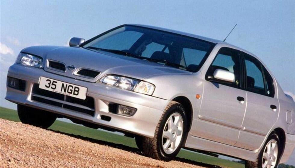 IKKE BILLIG: Nissan Primera fra 1998. Foto: Nissan