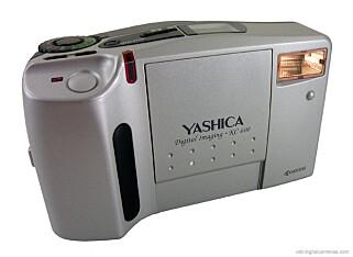 LEKETØY: Ikke tok det særlig fine bilder, men dyrt var det. 5000 kroner måtte du ut med for dette Yashica-kameraet. Foto: old-digitalcameras.com