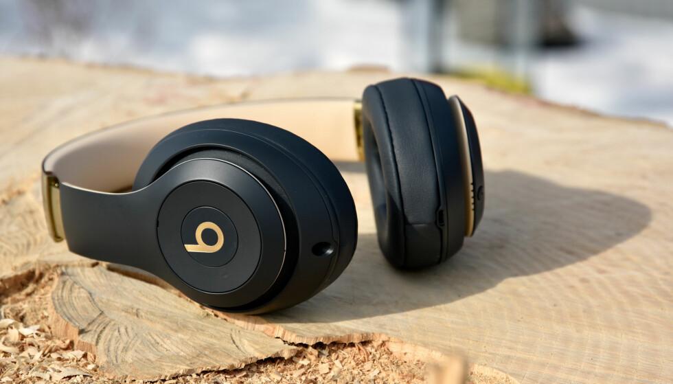 APPLE-EID: Apple eier Beats, og om du tror Beats-merket fortsatt er synonymt med overdreven bass, må du tro om igjen. Foto: Pål Joakim Pollen
