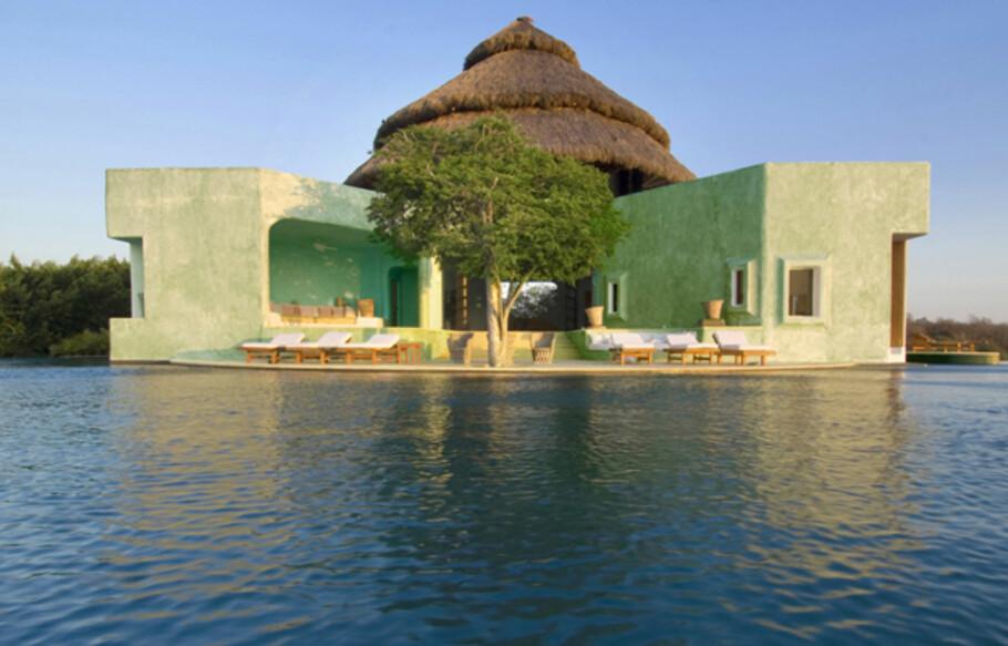 PARADISFERIE: Nå kan du leie Paradise Hotel til neste familieferie. Foto: Careyes.com