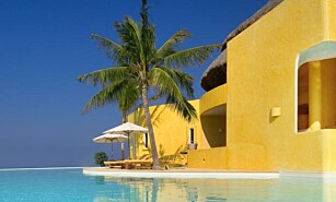 PARADIS: Private bassenger og havutsikt kan bli ditt neste feriested for 72.000 kroner natta i Mexico. Foto: Careyes.com
