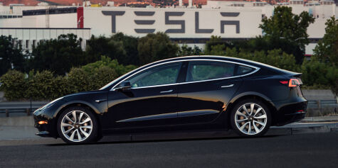 image: Consumer Reports slakter Tesla Model 3-bremsene