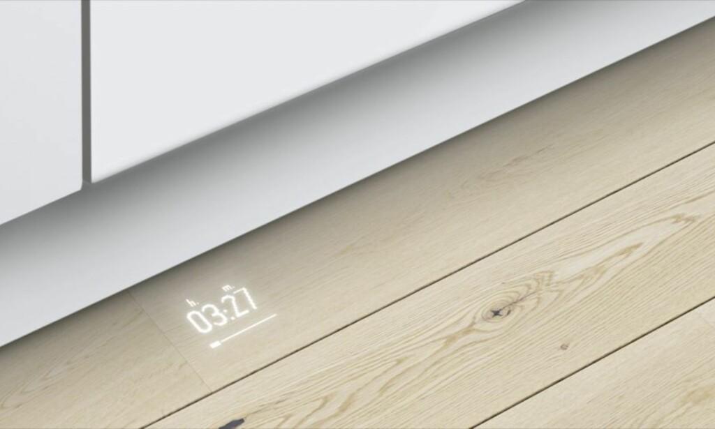 PROJEKTOR: Denne oppvaskmaskinen fra Bosch viser hvor lang tid det er igjen av oppvasken på gulvet. Foto: Bosch