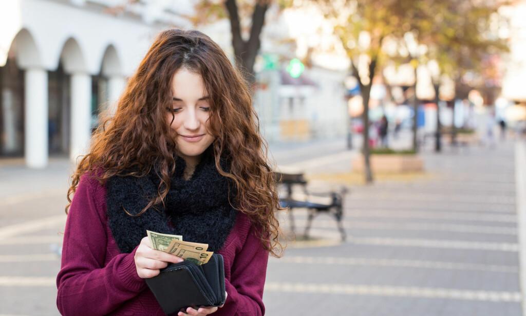 KRAV PÅ FERIEPENGER?: Det er viktig å passe på at du får feriepengene du har rett på, slik at reisen blir mer givende. Foto: Dobo Kristian/Shutterstock/NTB scanpix.