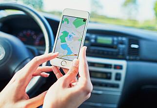 Nå skjerper svenskene reglene mot mobilbruk i bilen