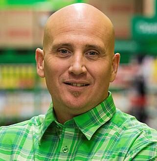 LEI: Sikkerhetssjef Andreas Wormdahl i Kiwi har sett seg lei av svindlere som misbruker navnet deres. Foto: Kiwi