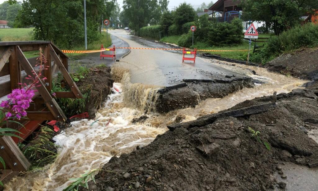 VANNET KOMMER: Nå er tiden for sikre boligen din for smeltevann og oversvømmelser. Foto: Anne Hedelmann Aastad, NVE