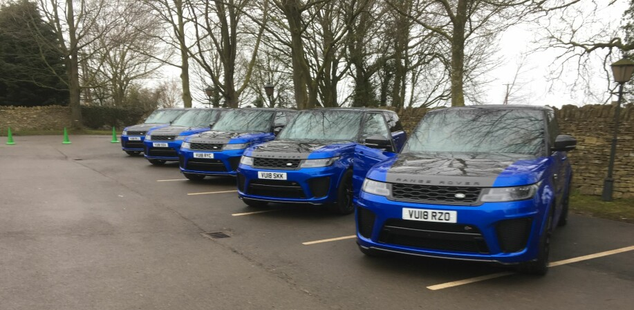 Nye Range Rover Sport SVR venter på oss for en første prøvekjøring... Foto: Knut Moberg