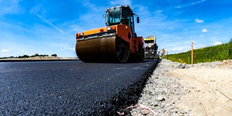 Her kommer det ny asfalt i år