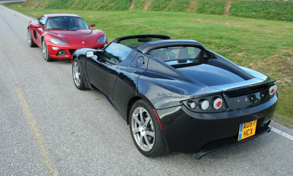 OGSÅ ROADSTER: Von Gemminger eier to Teslaer Den ene er en Roadster, som den nærmeste bilen på bildet. Illustrasjonsfoto: Knut Moberg