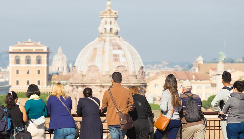 <strong>STORBYFERIE:</strong> Roma er blant de mest populære og billigste storbyene i Europa i vår, men pass deg for fotobokser langs bilveien og billige designerprodukter i butikkene. Foto: Matej Kastelic/Shutterstock/NTB Scanpix.
