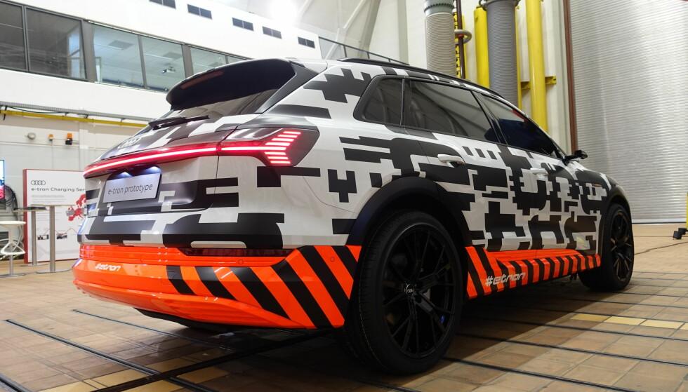 MER INFORMASJON: Audi forteller stadig mer om sitt nye elektriske hjertebarn. Foto: Fred Magne Skillebæk