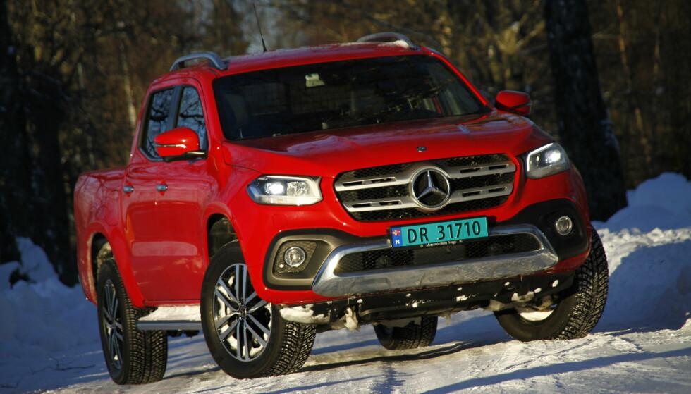 PREMIUM: Mercedes-Benz har satt et tøffere preg på X-klasse. Foto: Fred Magne Skillebæk