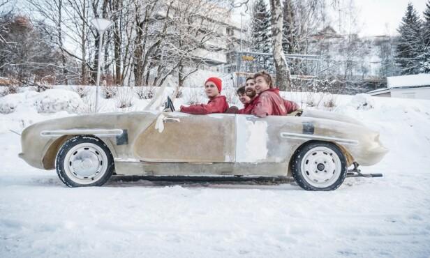 <strong>PRØVEKJØRING:</strong> Bilen måtte testes så snart den var klar for det. Foto: Ove Baardsgaard