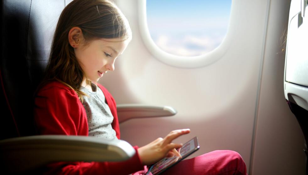 REISE ALENE: Dette må du passe på hvis barnet ditt skal reise alene med fly. Foto: NTB Scanpix