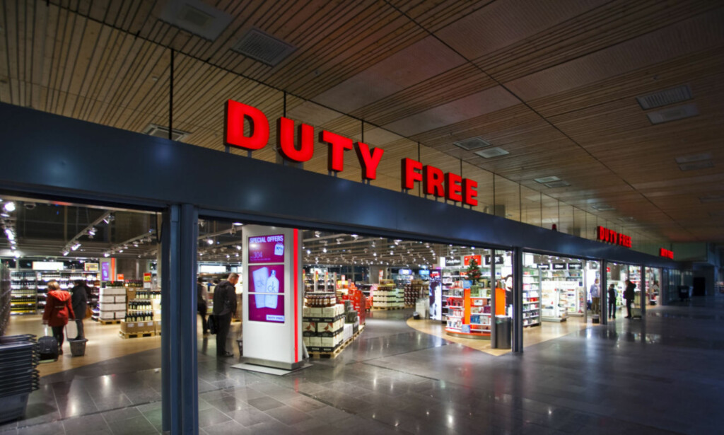 SÅ LENGE FLYENE GÅR: Taxfree-varer får du kjøpt på utenlandsterminalen så lenge det letter og lander fly til og fra utlandet. Foto: Berit B. Njarga