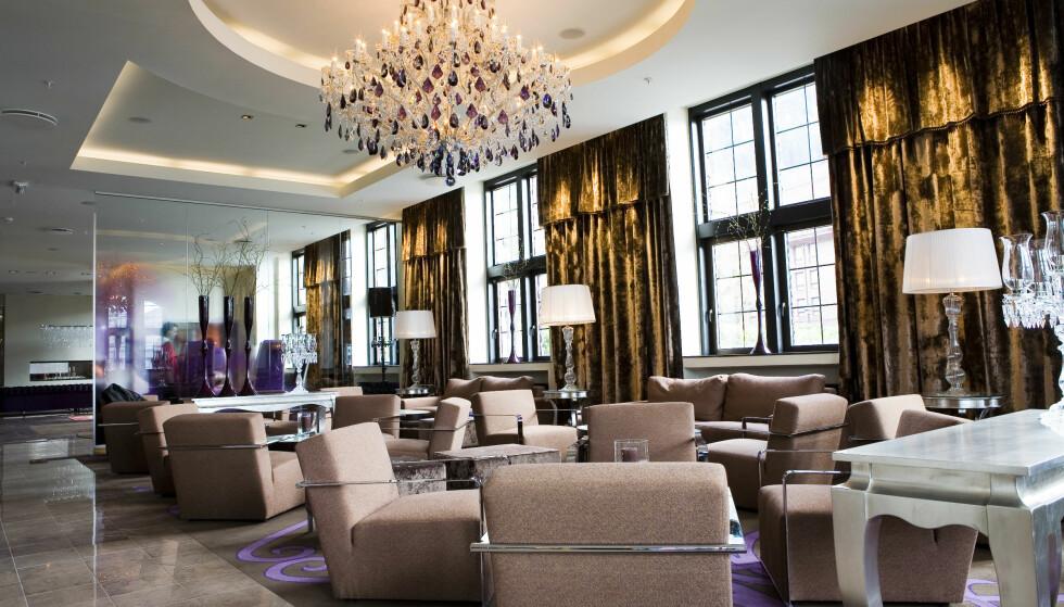 KONTANTFRITT HOTELL: Nordic Choice-hotellene er i hovedsak kontantfrie, som Clarion Collection Hotel Havnekontoret i Bergen. Men de nekter deg ikke å betale cash. Foto: Nordic Choice