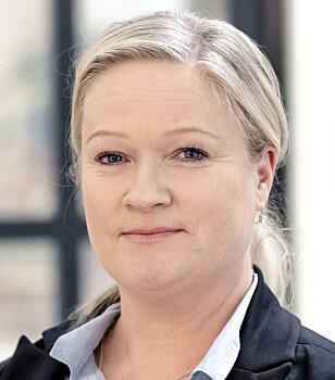 LIKER DEM: Kommunikasjonsdirektør Janne Stang Dahl i Datatilsynet liker det hun ser, og håper folk som mottar e-postene leser dem. Foto: Datatilsynet