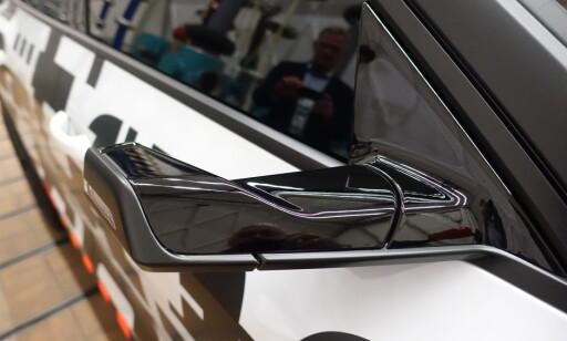 FOR FØRSTE GANG: Speil er byttet med kamera. Foto: Fred Magne Skillebæk