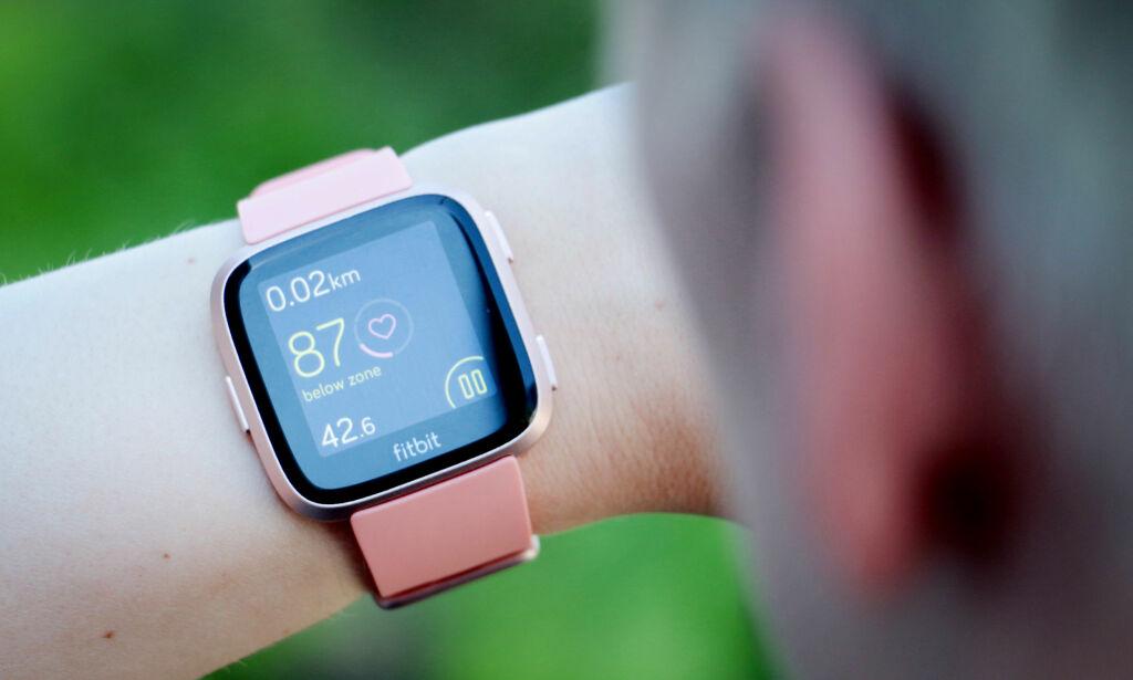 image: Fitbit Versa: Ikke kjøp den fordi du vil ha en god smartklokke