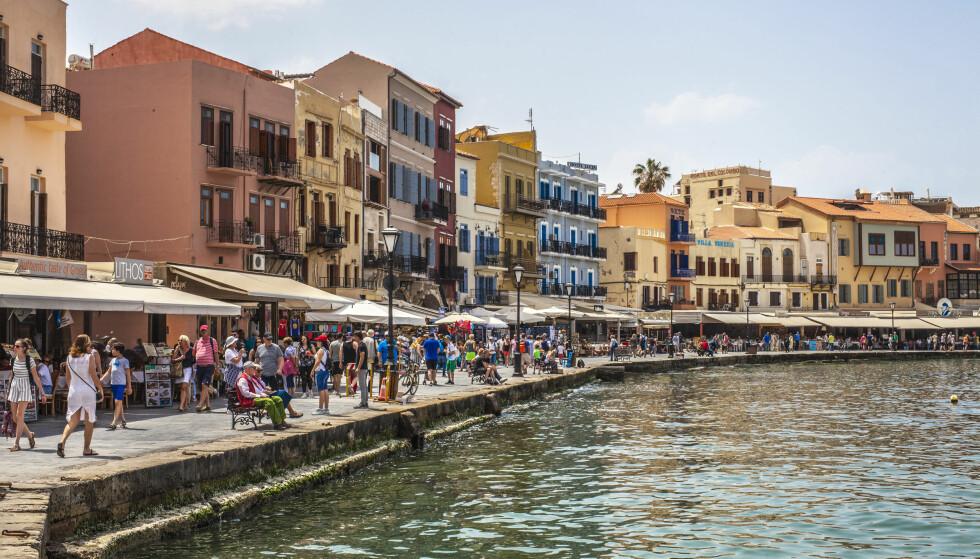 POPULÆRT REISEMÅL: Kreta i Hellas er et av stedene som mange nordmenn drar til denne sommeren. Foto: NTB Scanpix