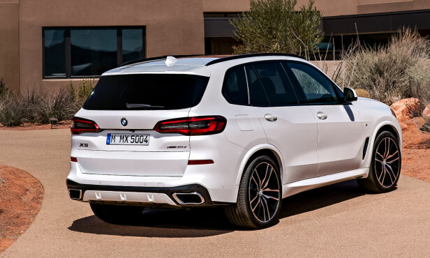 OFFROAD: Du får X5 med to utstyrspakker: M Sport og xLine. På bildet ser du sistnevnte. Foto: BMW