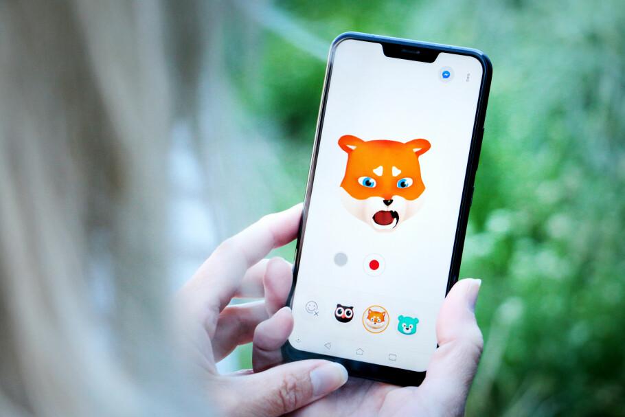 RARE GREIER: Asus Zenfone 5 vil mye som den ikke får til. Som Zenimoji, som skal være svaret på iPhone X sin Animoji. Android-utgaven til Asus er én av grunnene til at vi ikke klarer å like den nye mobilen deres. Foto: Ole Petter Baugerød Stokke