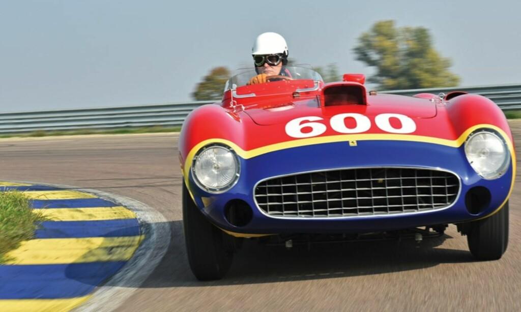 4. PLASS: Med bare fire eksemplarer produsert er det ikke overraskende at Ferrari 290 MM ble dyr på auksjon. Foto: RM Sotheby´s