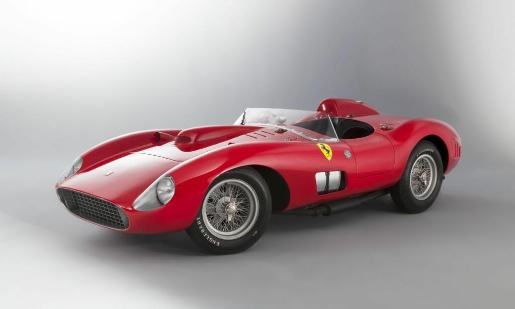 PALLPLASS: Ferrari 335 Sport Scaglietti ble solgt for hele 35,7 millioner dollar i 2016.Foto: Artcurial Motorcars