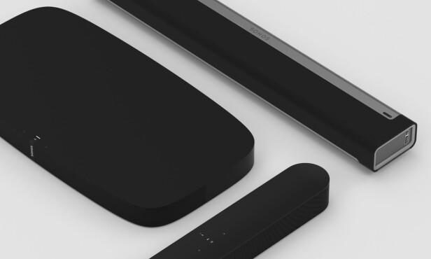 LYD TIL TV-EN: Sonos har nå tre forskjellige løsninger som du kan koble til og få lyd fra TV-en. Nye Beam er den minste av dem. Foto: Sonos