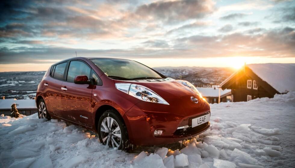 NORSK KLIMA BRA: Et relativt kjølig, norsk klima er bra for levetiden til batteriene i elektriske biler. Det har Nissan erfart med Leaf. Foto Nissan.