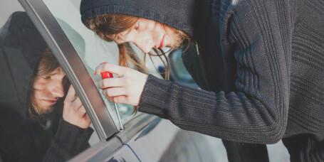 Slik unngår du at bilen din blir rundstjålet i ferien