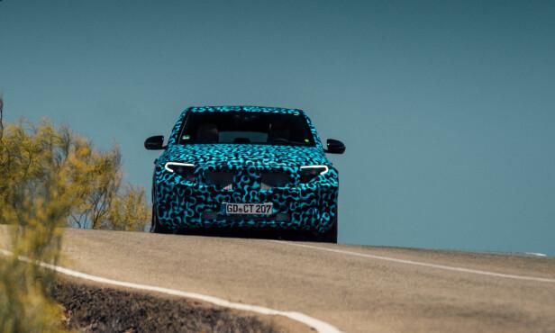 SIGNATUR: Front- og baklykter vil utgjøre klare signaturer for den nye modellen. Foto: Daimler