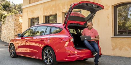 Vi lar oss imponere av selve sportsbilen i kompaktklassen