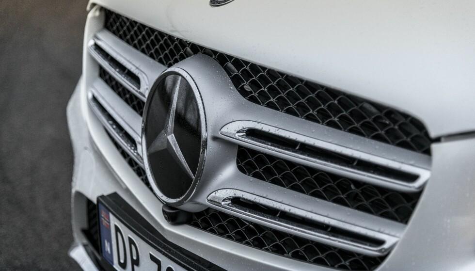 FULL STOPP? Norske forhandlere skal ha fått beskjed om å stoppe salget av flere Mercedes-modeller i Norge. Foto: Jamieson Pothecary