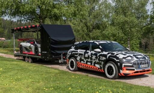 HENGERFESTE: Audi e-tron skal kunne trekke henger med høy vekt. Foto: Audi