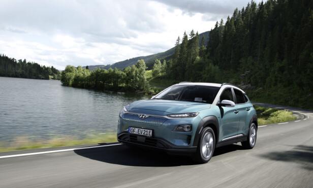 RASK, MEN INGEN GTI: 0-100 på under åtte sekunder takket være 204 elektriske hester, er bra, men kjøreegenskapene er ikke skarpe nok til å gjøre bilen dynamisk å kjøre. Foto: Hyundai