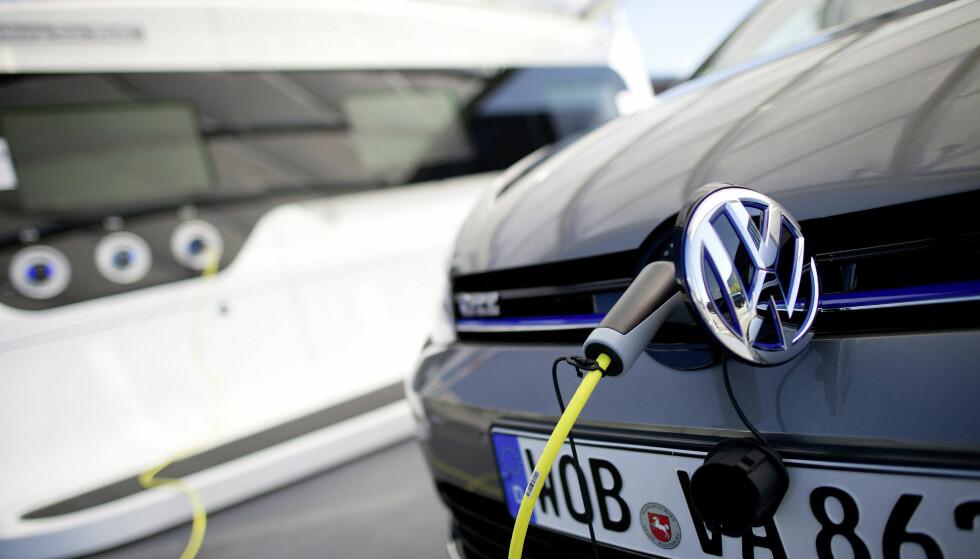 STOR NEDGANG: Volkswagen-salget gikk på en kjempesmell i september, da bilmerket endte helt nede på sjetteplass i Norge. Foto: Volkswagen
