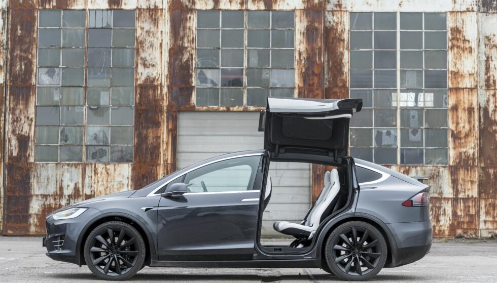 TOK SIN TID: Tesla-gründer Elon Musk innrømmer i et intervju at han lot seg rive med av teknologien i Model X. Foto: Jamieson Pothecary